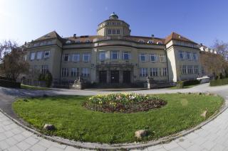 Bild: Der Botanische Garten - Hauptgebäude