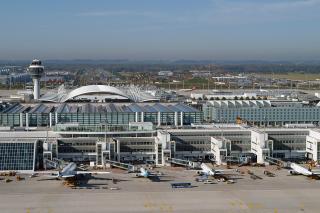 Bild: Luftbild vom Terminal 2
