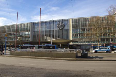 Der Haupteingang des Münchner Hauptbahnhofes