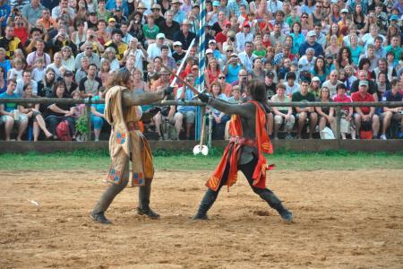 König Artus im Zweikampf mit Lancelot auf dem Kaltenberger Ritterturnier