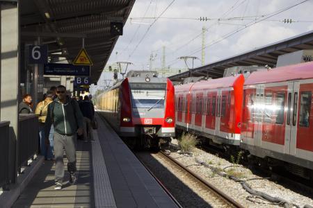 S-Bahn in München Pasing