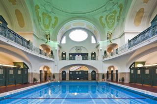 Bild: Mueller´sches Volksbad - kleine Schwimmhalle