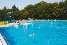 Bild: Bad Georgenschwaige, Schwimmbecken