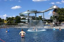 Bild: Westbad, Wasserrutsche