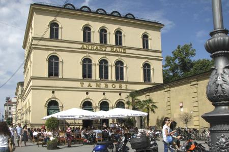 Café Tambosi at the Hofgarten