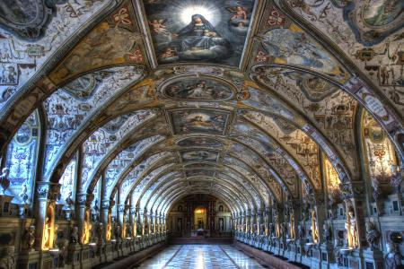 The Antiquarium inside the Residenz