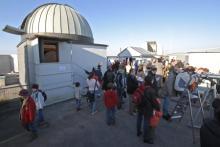 Picture: Observation platform and daytime guests