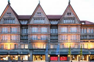 Bild: Kaufhaus Oberpollinger mit Weihnachtsdekoration