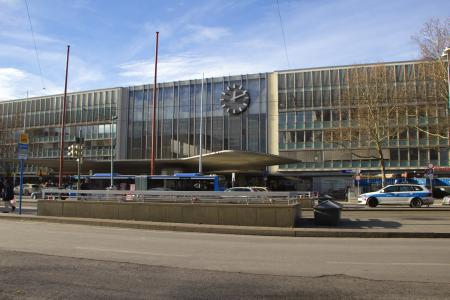 Main Entrance of the Central railway station - Hauptbahnhof München