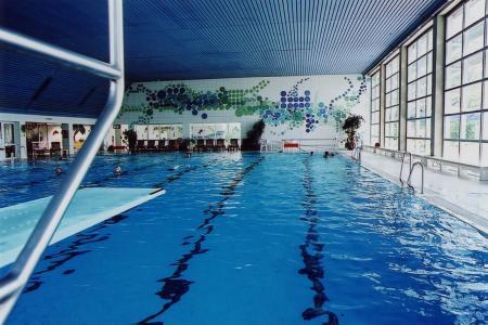 Stäblibad, Schwimmbecken