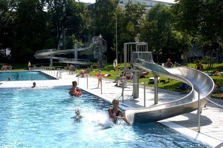 Prinzregentenbad, Schwimmbecken