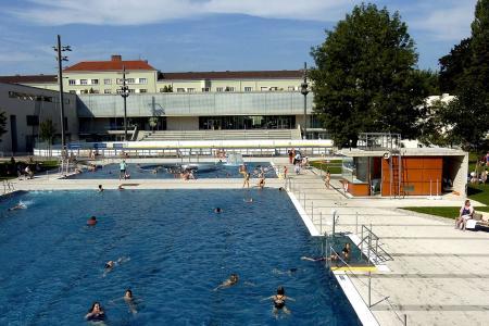 Prinzregentenbad, outdoor pool