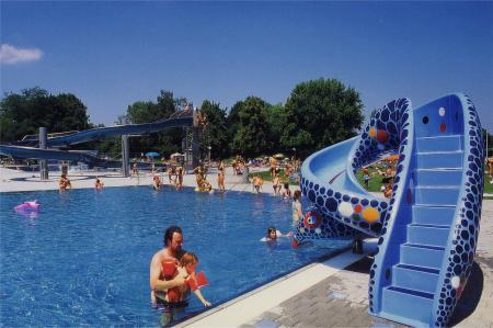 Ungererbad, Schwimmbecken