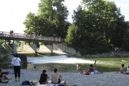 Baden und entspannen am Flaucher in Sendling