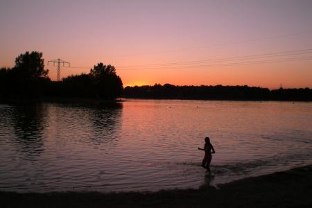 Der Feringasee bei Sonnenuntergang